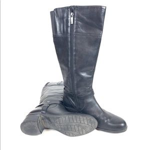BANDOLINO Coppa Black Leather Zip  Boots